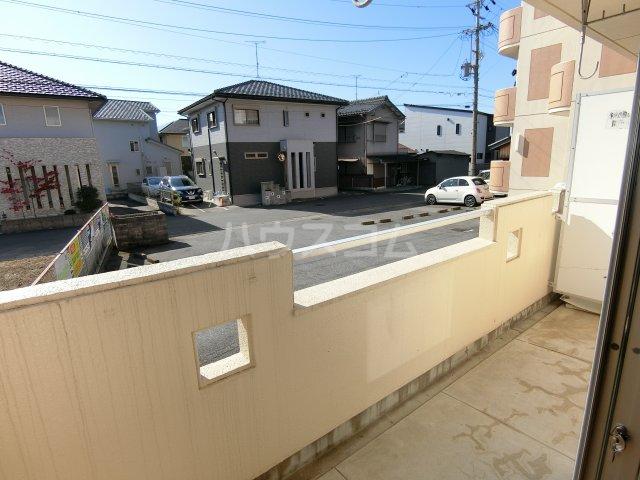 第2サンハイツ戸崎 101号室のバルコニー