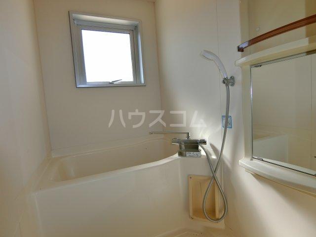 第2サンハイツ戸崎 101号室の風呂