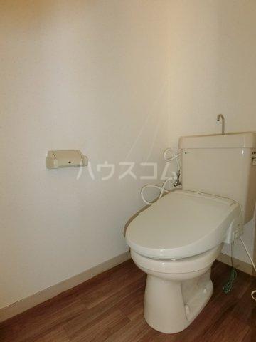 第2サンハイツ戸崎 101号室のトイレ