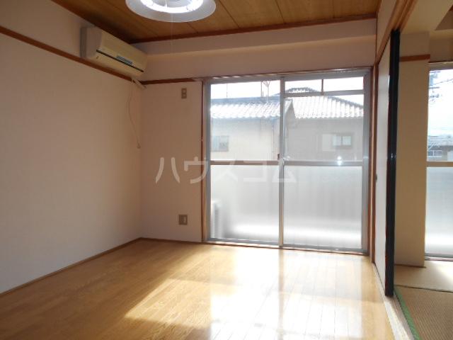 第1サンハイツ戸崎 205号室のベッドルーム