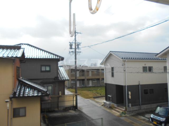 第1サンハイツ戸崎 205号室の景色