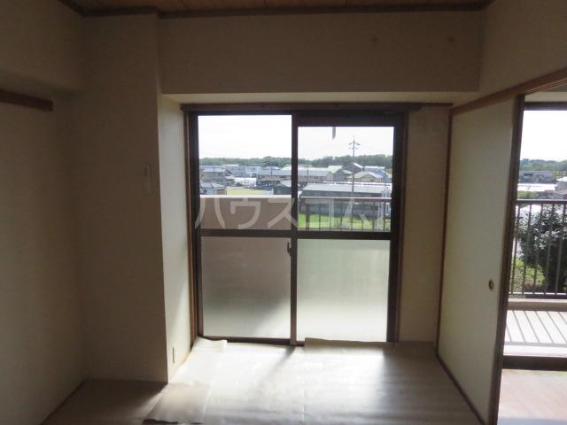 カーサ薬師寺 6D号室の居室