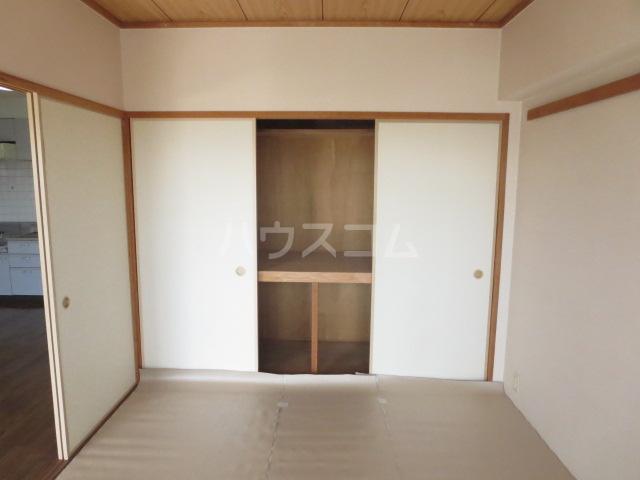 カーサ薬師寺 6D号室の収納