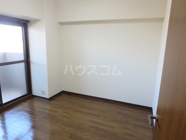 カーサ薬師寺 6D号室のベッドルーム