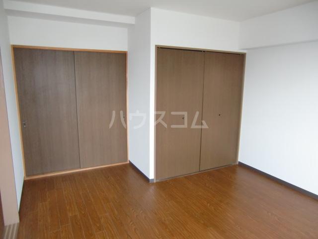 アコールヤマショウ 202号室の居室