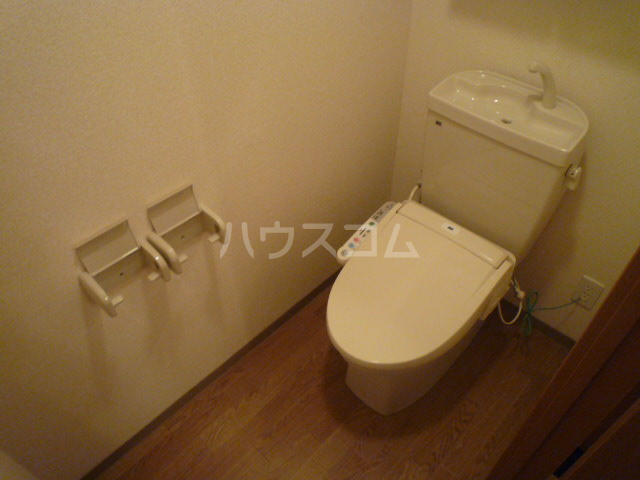ベル・クオレ 303号室のトイレ