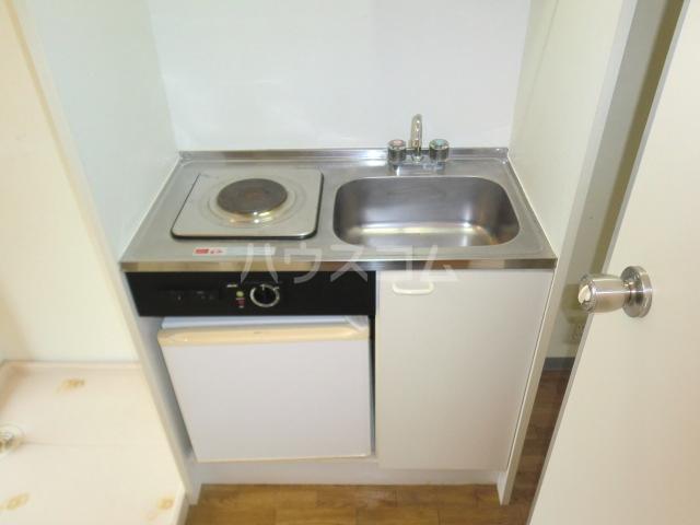 ルミエール野村 103号室のキッチン
