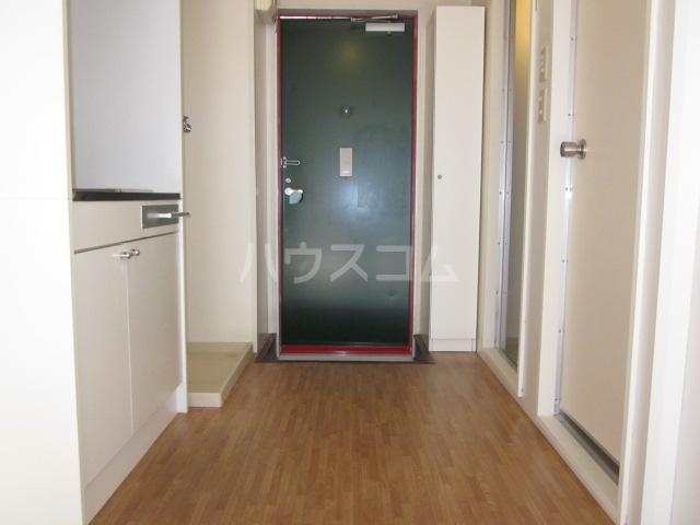 いずみⅡ 103号室の玄関