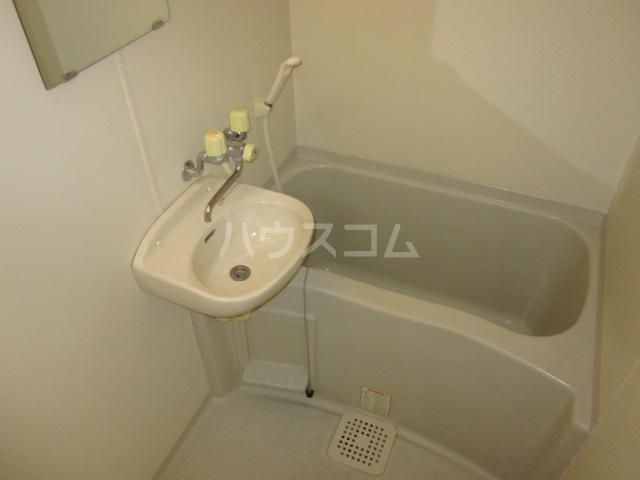 いずみⅡ 103号室の風呂