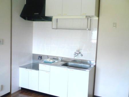 コアロードⅠ 101号室のキッチン