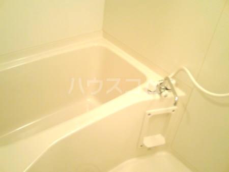 コアロードⅠ 101号室の風呂