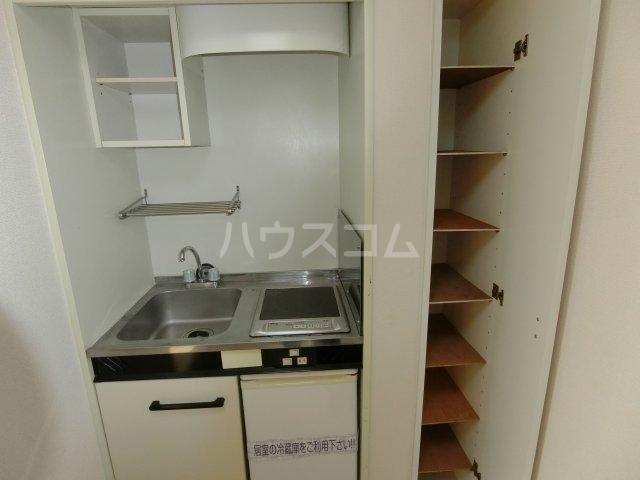 茶所レジデンス 103号室のキッチン
