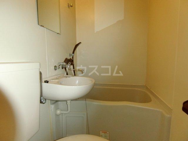 茶所レジデンス 103号室の風呂