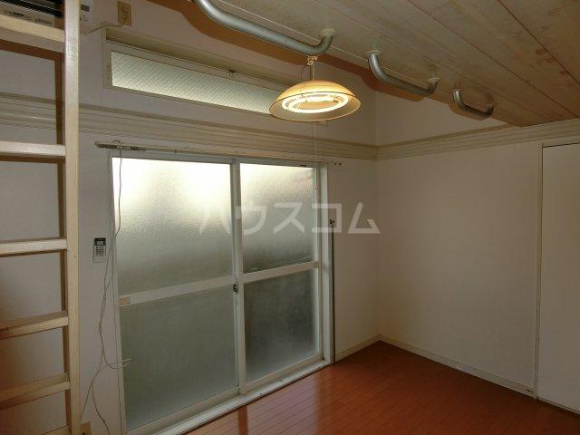 茶所レジデンス 103号室の居室