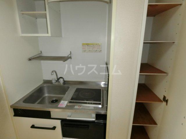 茶所レジデンス 203号室のキッチン