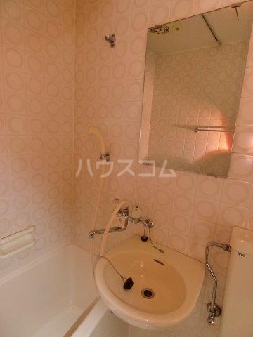 岐阜キャッスルビルB棟 1106号室の洗面所