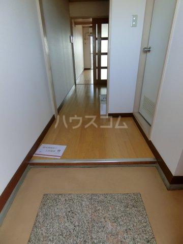 岐阜キャッスルビルB棟 1106号室の玄関