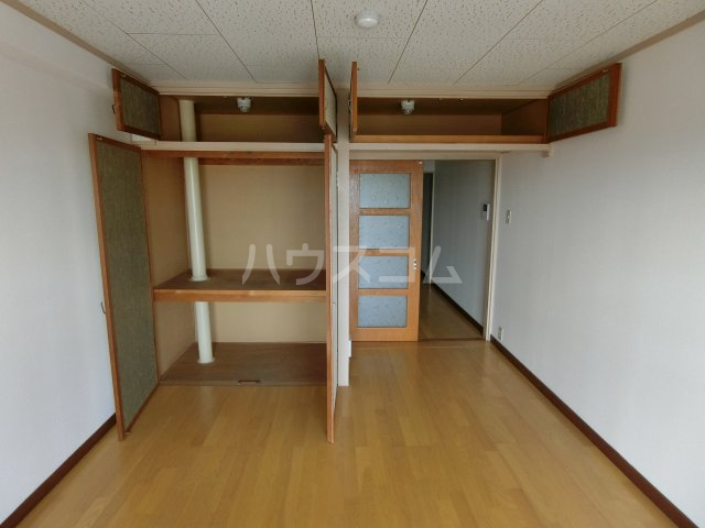 岐阜キャッスルビルB棟 1106号室の収納