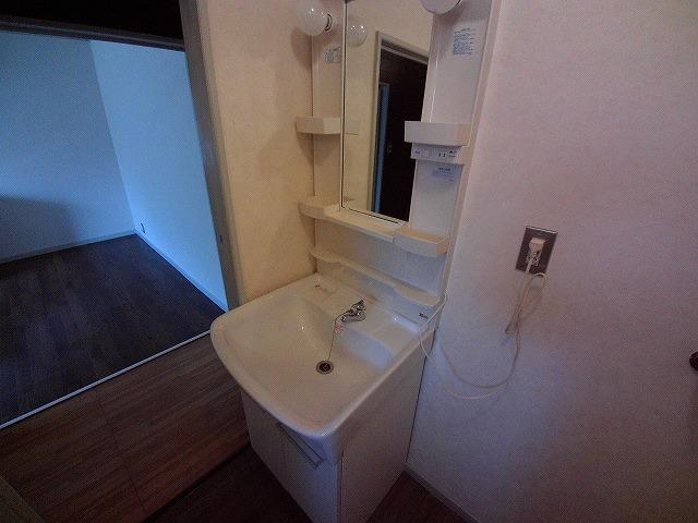 山久ビル 105号室の洗面所