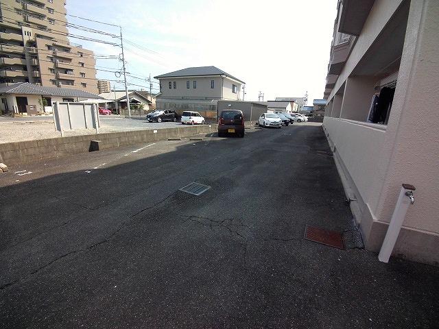 山久ビル 105号室の駐車場