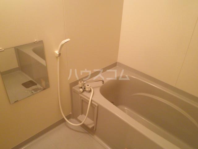大和の里C 202号室の風呂