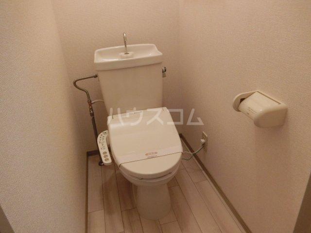 サニーコートB棟 102号室のトイレ