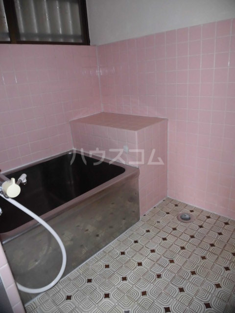 浜一色町借家の風呂