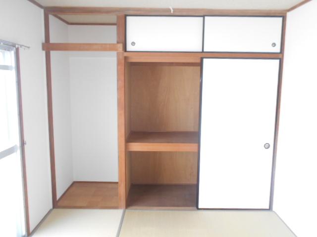 サンクレウェンズⅠ 1B号室の収納