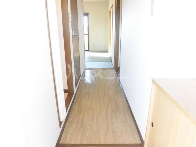 ハッピネス 305号室の居室