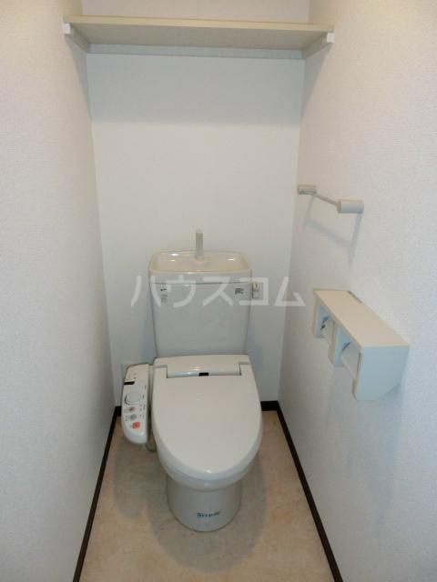 ブライトヒルズ可睡の杜 402号室のトイレ