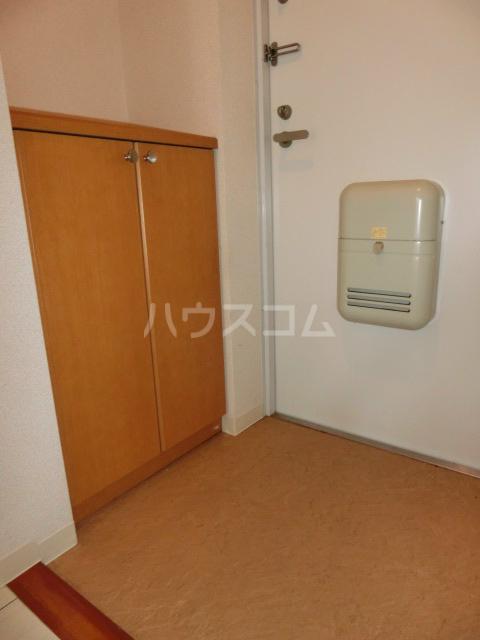 ブライトヒルズ可睡の杜 402号室の玄関