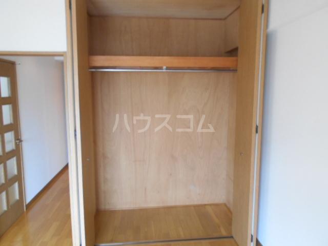ヴァンベールS 203号室の収納