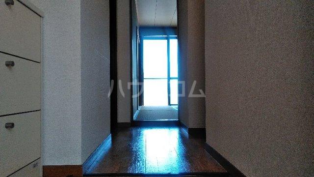 ヴィラ クレモナ 103号室の玄関