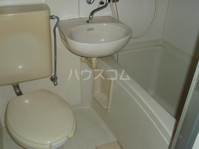 ビューテラス横山 201号室のトイレ