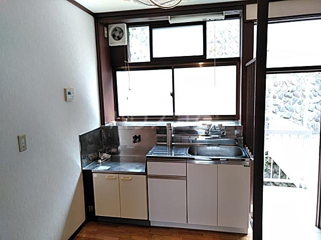 ハイツ八木下 7号室のキッチン
