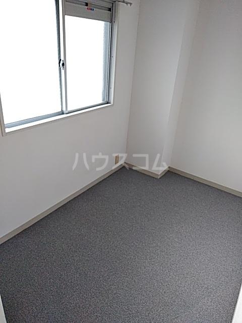ピュアパレス 106号室のベッドルーム