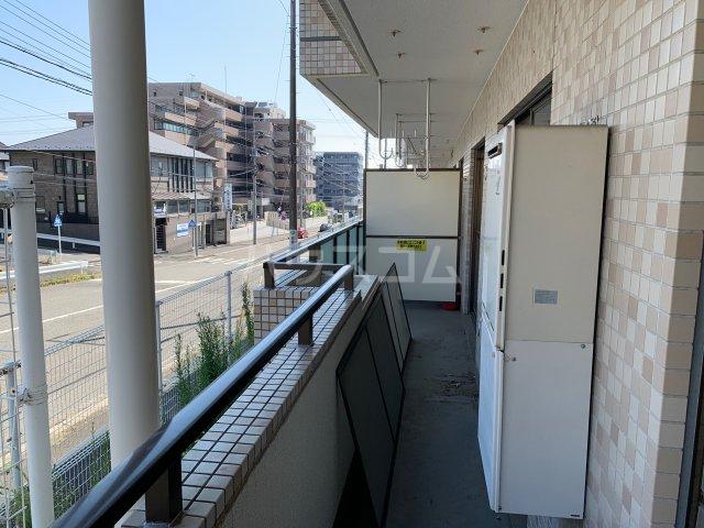 名瀬東ハイツ 101号室のバルコニー