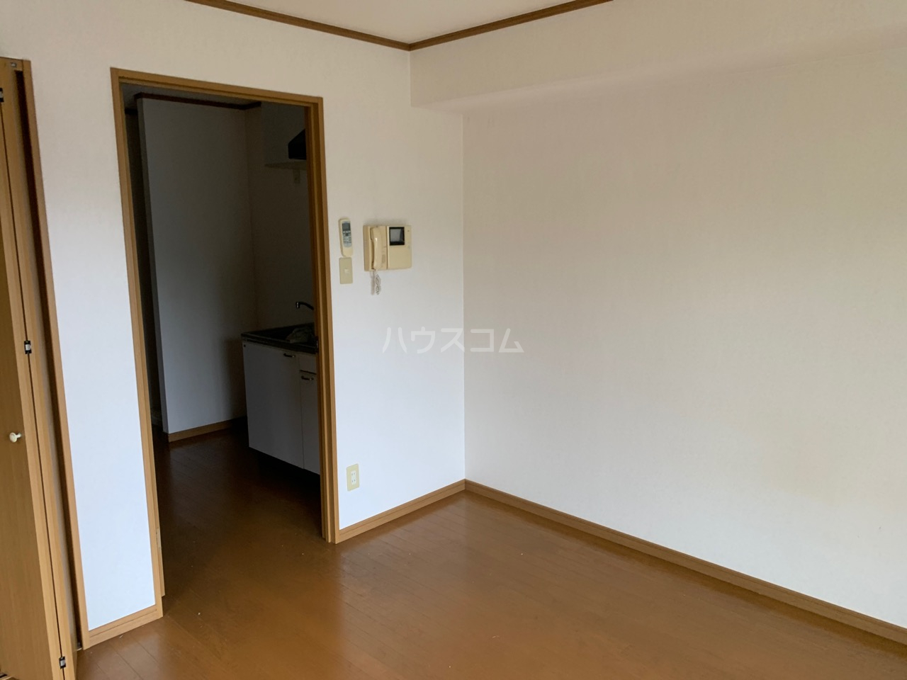 横浜元町ガーデン12 301号室の居室