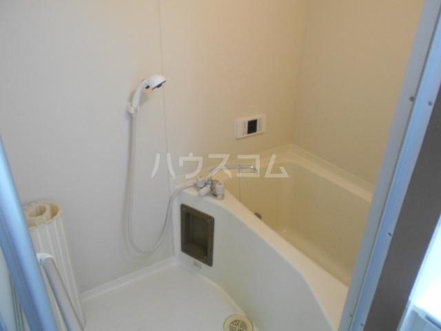 サンハイツホリウチ上倉田 201号室の風呂