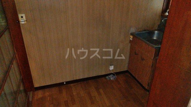 高梨荘 202号室の居室