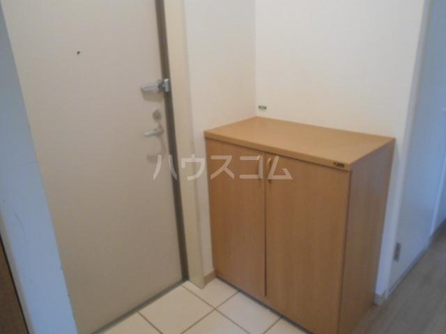 山口ホームビルA 4B号室の玄関