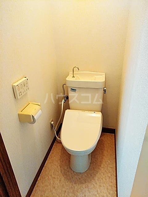 メイプルハイム 201号室のトイレ