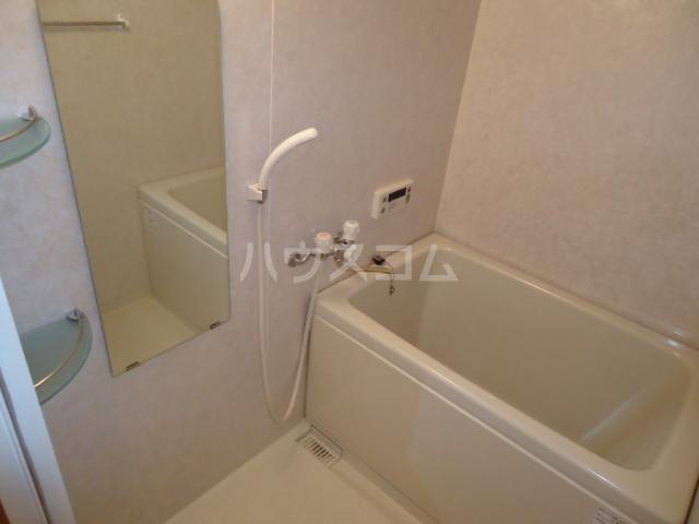 クリエイトハイツ 00106号室の風呂