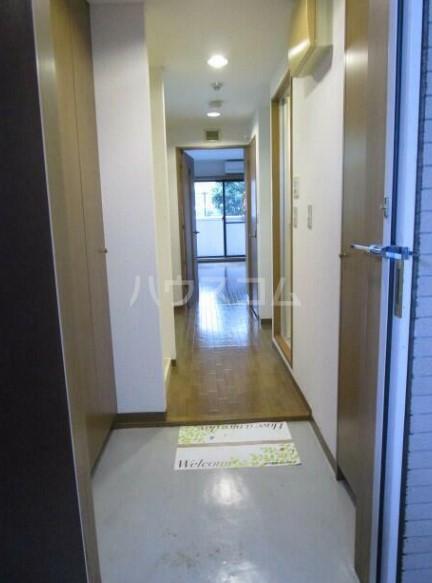 エステルハージー A307号室の玄関