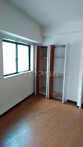 コスモスパジオ浦和常盤 401号室のベッドルーム