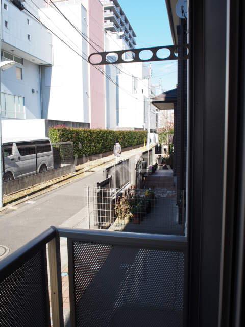 フォルビテッツァ本八幡 101号室のバルコニー