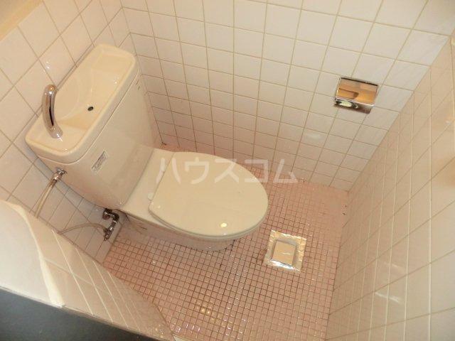 第2オパールマンション 13号室のトイレ