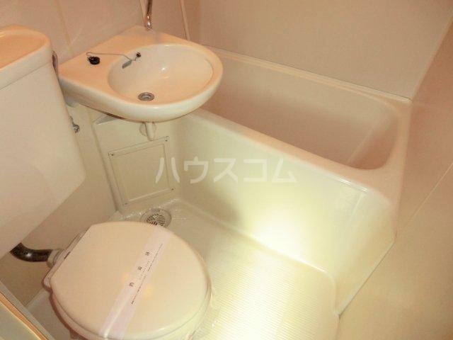 エイトリー山王台 2-B号室のトイレ