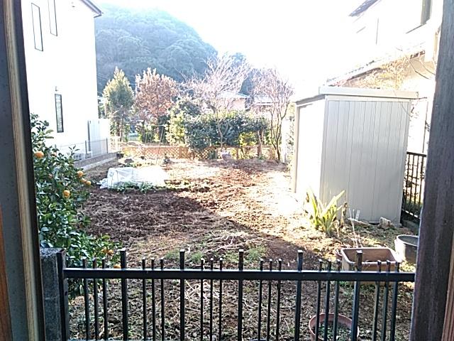 中瀬町2戸1 1号室の庭