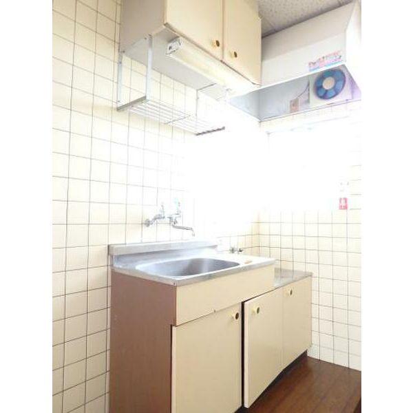 ハイツ山本 205号室のキッチン